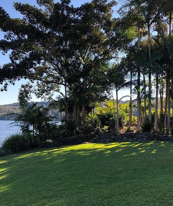 Lisa's loved this stunning Sunshine Coast property where she married Logan Huffman on Saturday, since she was a little girl. *(Image: Trip Advisor)*