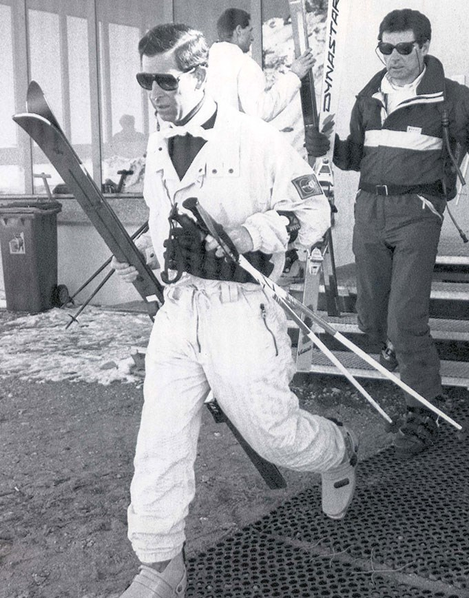 Apres ski! The Prince of Wales' slope fashion is next level dapper. *(Image: Mike Forster/ANL/REX/Shutterstock)*