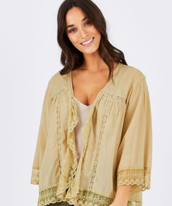 **Capes and kimonos dress up any outfit:** With a few capes and kimonos in your wardrobe staple, you can dress up even the most basic of nursing tops. Comfortable and flowing, capes and kimonos are a perfect option for breastfeeding mums. Check out Birdsnest online (pictured) for some beautiful options for all fashion styles.