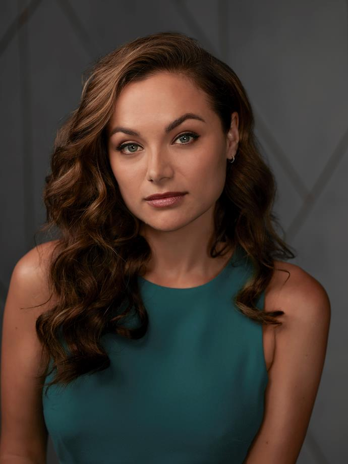**ASHLEY MORALES (CHRISTINA OCHOA)** <br><br> The only one who knows what drove Jon to end his life, Jon's assistant knows something incriminating about him she's covering up.