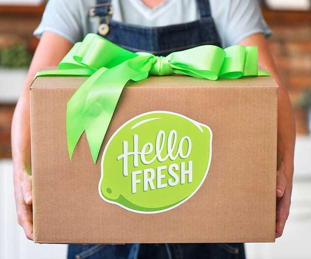 """You know what makes a thoughtful gift? Food. Shopped for by someone else. Or, even better, cooked by someone else! Food services like [Hello Fresh](https://www.hellofresh.com.au/