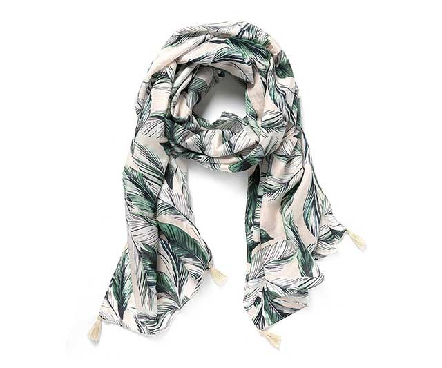"""A beautiful scarf is a great gift for mums. It doubles as a cloth/feeding cover/sun shield and instantly makes any outfit look styled. We love this silk-cotton one which can also be worn as a beach sarong. Sold! <br><br> [Scarf](https://www.countryroad.com.au/shop/woman/accessories/scarves/60232288/Leaf-Print-Sarong.html