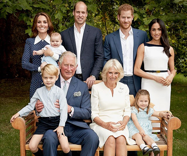 And you'll notice Kate is wearing the same polka-dot frock by Alessandra Rich, Louis is rocking the same pair of blue shorts and Charles dons the same suit and pocket square.