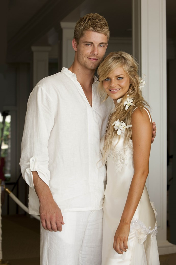 **10. Romeo & Indi**   <br><br> Indi Walker (Samara Weaving) and Romeo Smith's (Luke Mitchell) sweet love story won plenty of hearts. But like so many couples before them, tragedy struck. After being diagnosed with terminal cancer in 2013, Romeo secretly left the Bay to spare his young wife the pain of his death. We're still crying…