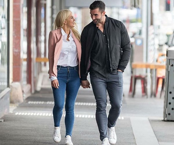 Taite brought Ali back to his hometown of Ballarat to meet his family. *(Image: Instagram @bacheloretteau)*