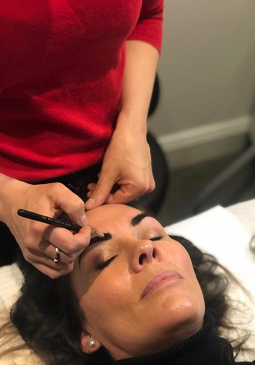 Fashion editor Janine gets her brows reshaped.