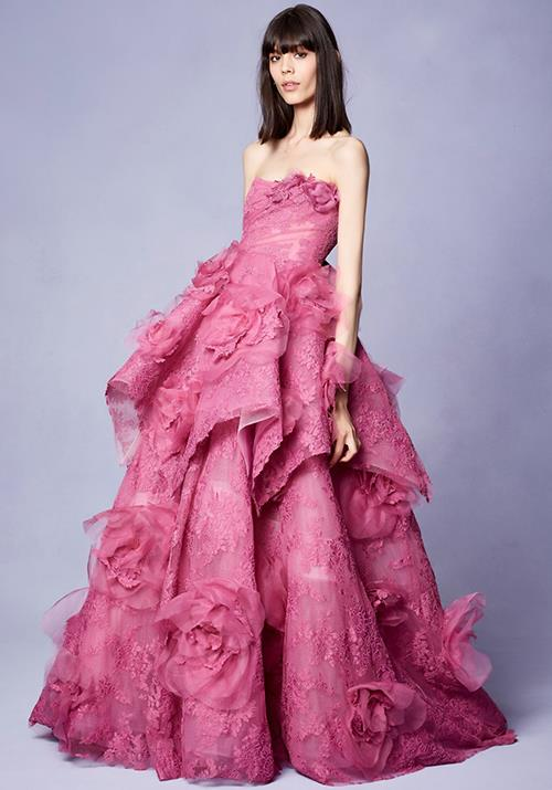 We can only imagine how heavenly Kate would look in this design! *(Image: Marchesa)*