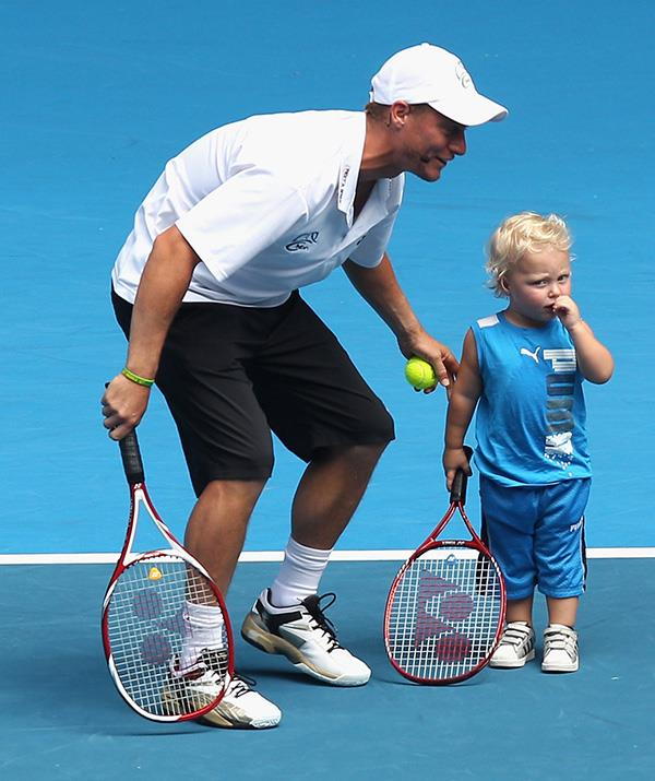 Too cute! Cruz has taken to the court with his tennis-star dad a number of times. *(Image: Getty)*