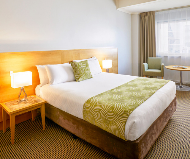 "**Novotel Perth Langley:** This luxurious Novotel features 11 family rooms - standard or superior - for you to chose from. *Image: [Novotel Perth Langley](https://www.accorhotels.com/gb/hotel-1764-novotel-perth-langley/index.shtml?utm_term=mar&utm_campaign=ppc-nov-mar-msn-au-en-au-exa-sear-au&utm_medium=cpc&utm_content=au-en-AU-V5485&utm_source=Bing |target=""_blank""|rel=""nofollow"").*"