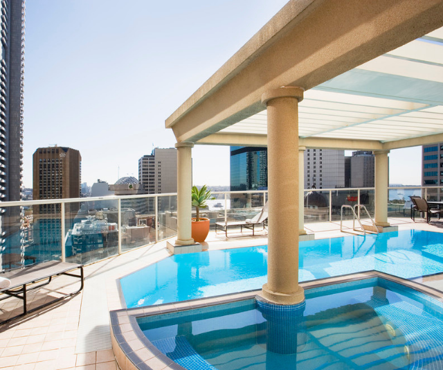 """**Mantra 2 Bond Street:** Just walking distance to transport and major attractions, Mantra is a top choice for a luxurious getaway. And that rooftop pool is the stuff that family memories are made of. *Image: [Mantra 2 Bond Street](https://www.mantra.com.au/my-bookings/Forms/BuildingPackages.aspx