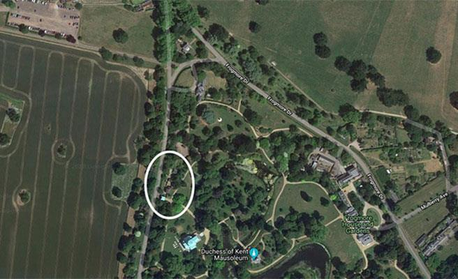 Their new cottage, which has been circled, boasts 10 bedrooms. *(Image: Google Maps via Hello!)*