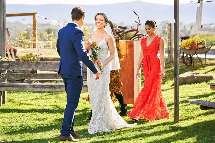 Chelsea and Willow arrive at the wedding on another sunny day in Summer Bay.