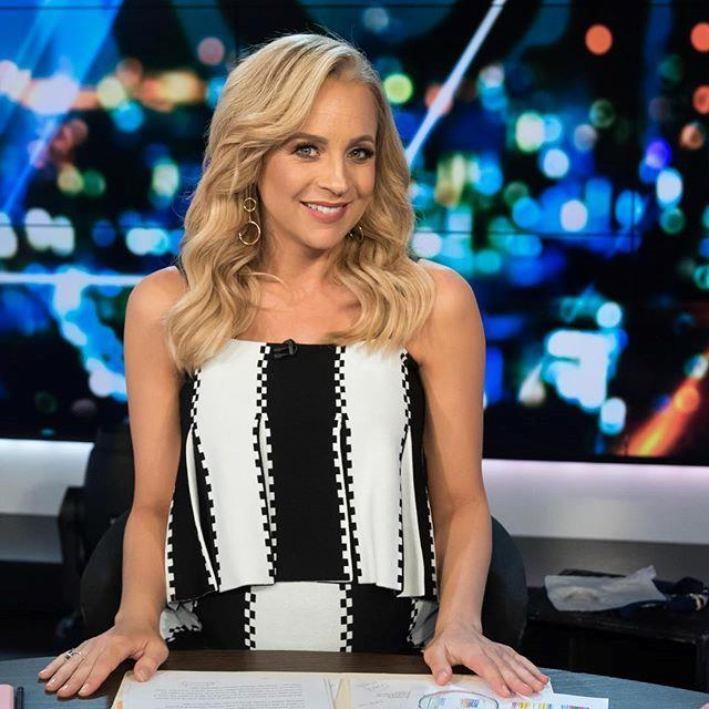It's hard to believe Carrie was almost ready to pop here! She looks the image of cool, calm and collectively chic in this Sass and Bide ensemble.