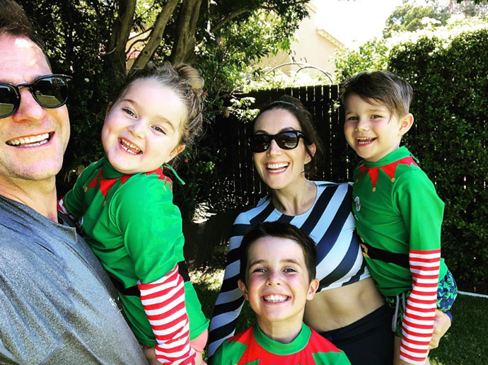 """These elves were on Santa's nice list,"" says David Campbell. We believe it! *(Image: Instagram @davidcampbell73)*"