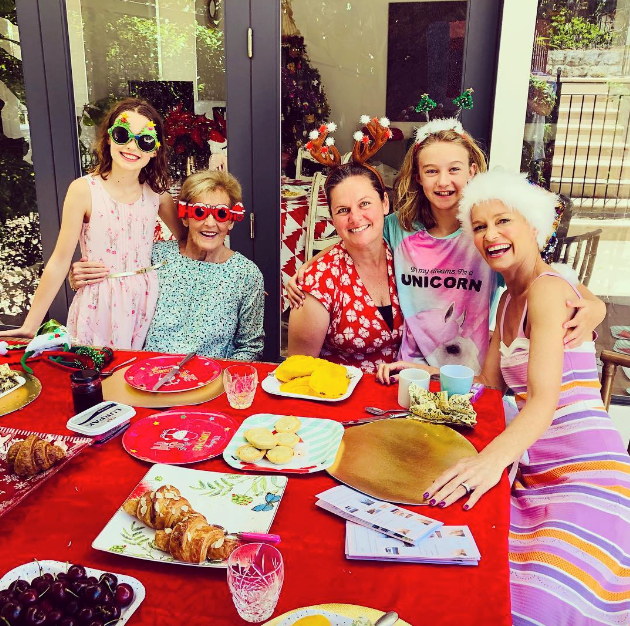 Merry and bright indeed! Jess Rowe and her clan looked very festive. *(Image: Instagram @jessjrowe)*