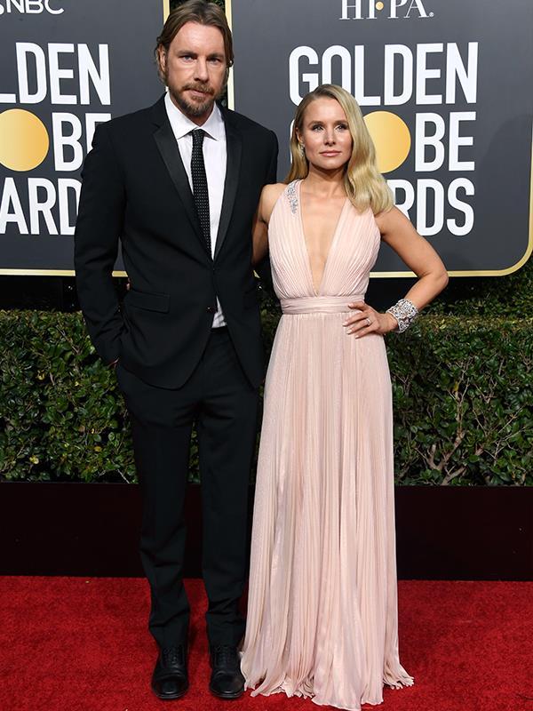 HAWT couple alert, Dax Shepard and Kristen Bell (*Good Place*) arrive on the red carpet.
