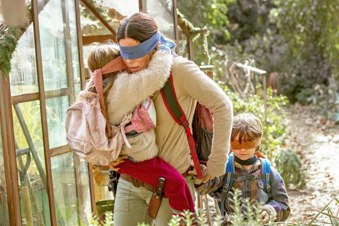 Sandra created a maternal bond with child actors Vivien Lyra Blair and Julian Edwards.