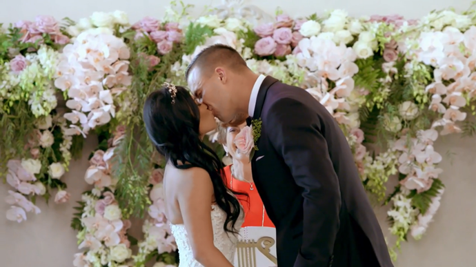 Cyrell and Nic share their first kiss (Image: Nine Network).