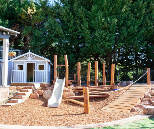 """**Masonmill Gardens:** You'll find a beautiful nature-play playground, a mini golf course with a bouncy castle and a fabulous Koi pond for the kids to enjoy. *(Image: [Masonmill Gardens.](http://www.masonmillgardens.com.au