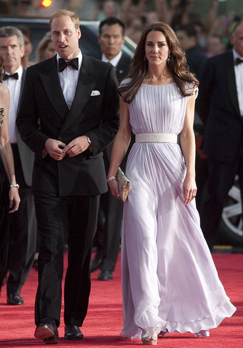 "And in a BAFTA moment for the ages, the Cambirdges put on a [seamless display](https://www.nowtolove.com.au/royals/british-royal-family/kate-middleton-hair-touch-53813|target=""_blank"") in 2011 (just a few months after their wedding!) as they graced the red carpet in LA where a gala was held. *(Image: Getty)*"