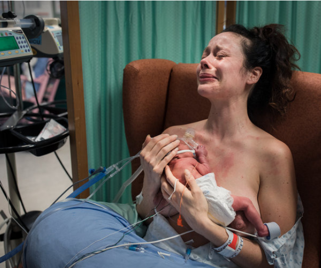 "2nd Place Postpartum - Coastal Lifestyles Photography. *Image: [Birth Becomes Her](https://www.birthbecomesher.com/2019-bbh-image-contest|target=""_blank""