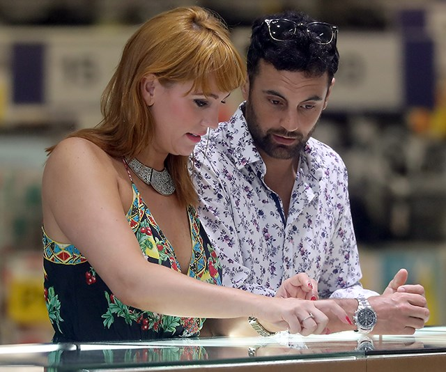 Cam and Jules made sure to inspect several rings. *(Image exclusive to Diimex)*