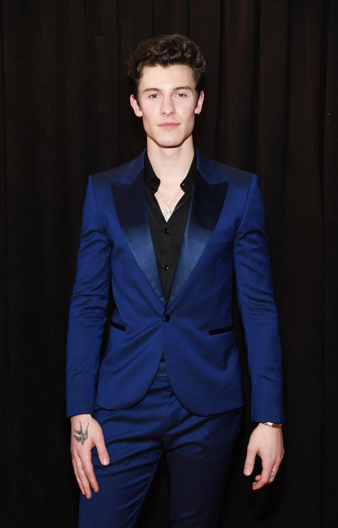 Canadian crooner Shawn Mendes looks dapper in an electric blue tux. *(Image: Getty)*