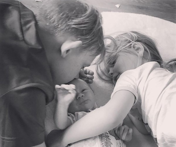 It's safe to say Adelaide is getting lots of love from her big brother and sister! *(Image: Instagram @bickmorecarrie)*