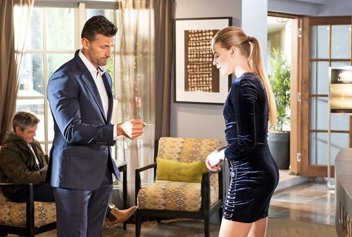 Is Pierce returning to chase romance with Chloe?