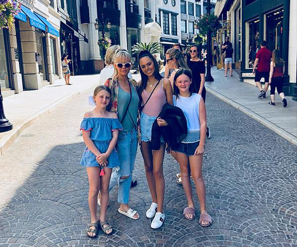 Alex and her girls looked ultra chic during their US getaway. *(Image: Instagram @mia.fev)*