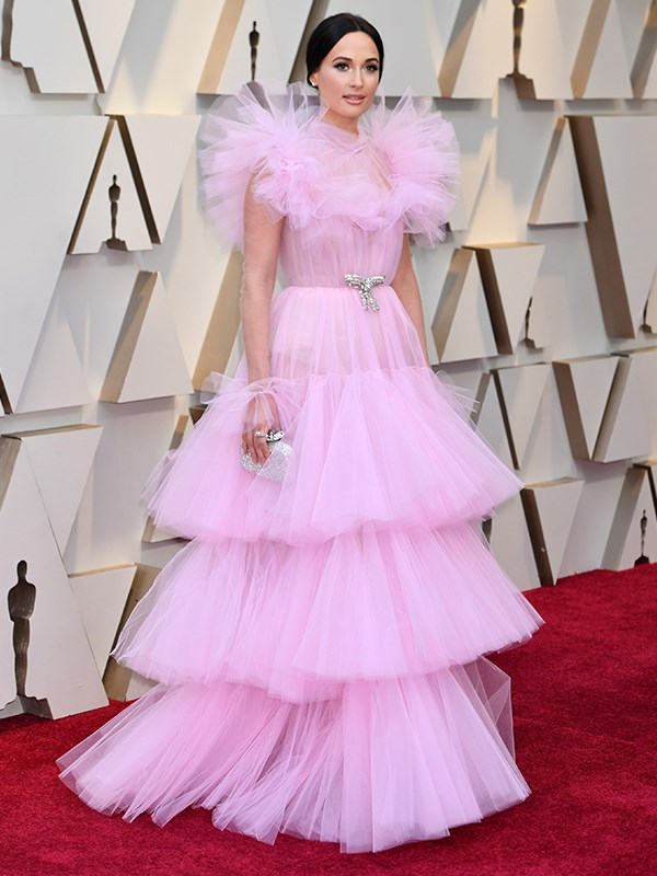 American singer Kacey Musgraves also got the pink ruffles memo wearing this Giambattista Valli Haute Couture gown.