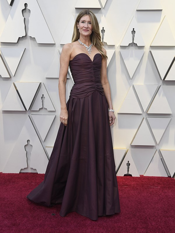 Simple and classy - acclaimed American actress Laura Dern looks elegant in a custom Rodarte design.