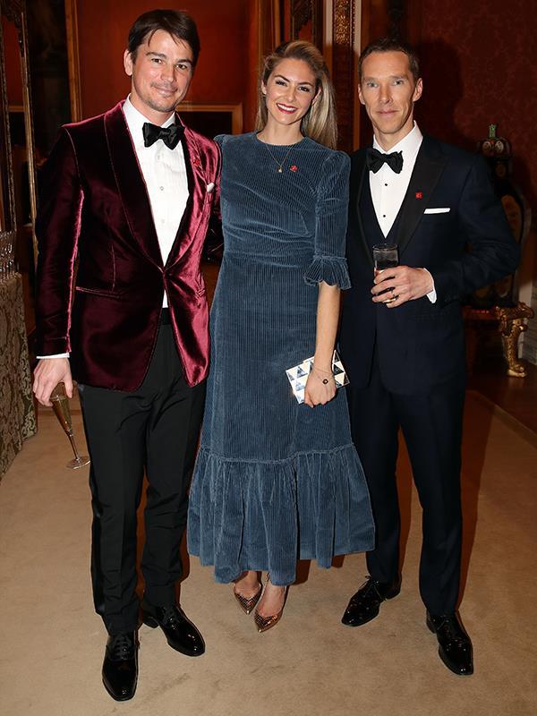 Josh Hartnett, Tamsin Egerton and Benedict Cumberbatch pose together for a photo.