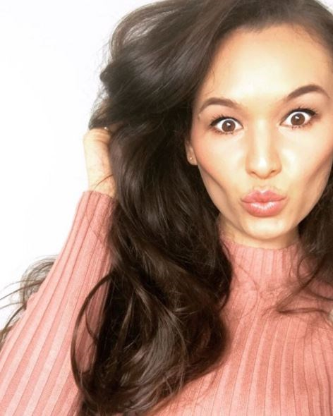 """**Vanessa Sunshine: [@vanessa.sunshine](https://www.instagram.com/vanessa.sunshine/?hl=en