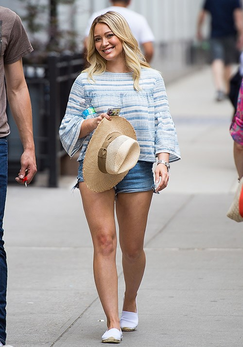 Hilary Duff is nailing the cool casual espadrille look. *(Image: Getty)*