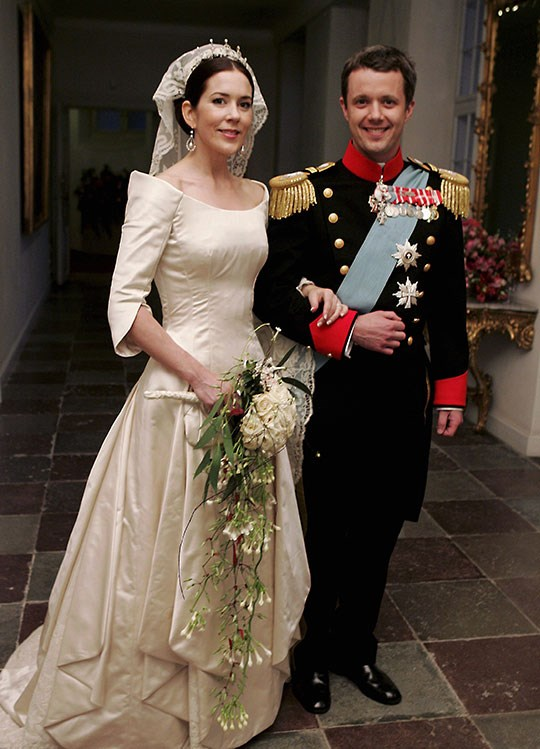 Prince Frederik opted for traditional military dress during his 2004 wedding to Australian-born  Mary Donaldson.