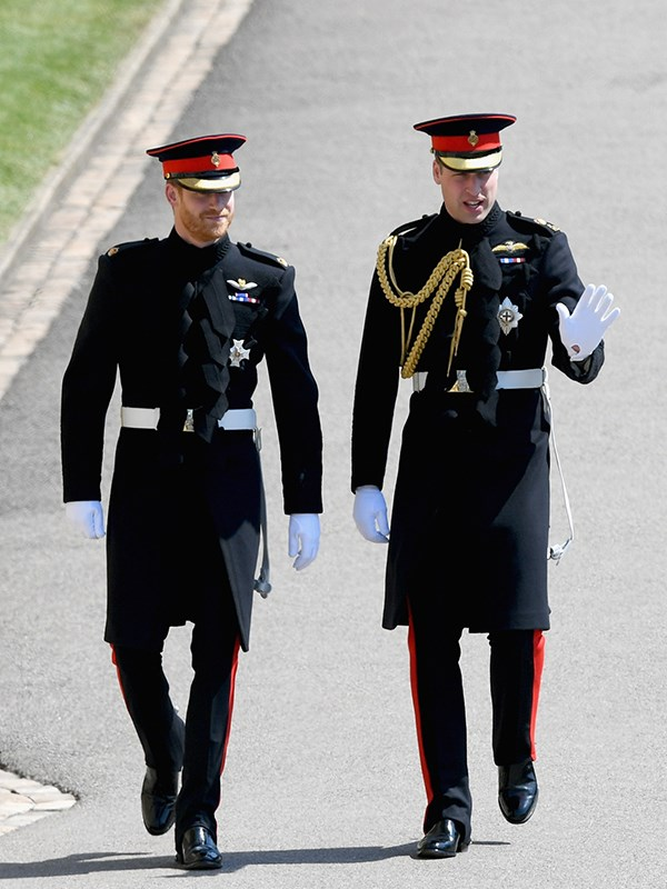 While Harry's best man and older brother, Prince William wore a similar eye-catching ensemble.
