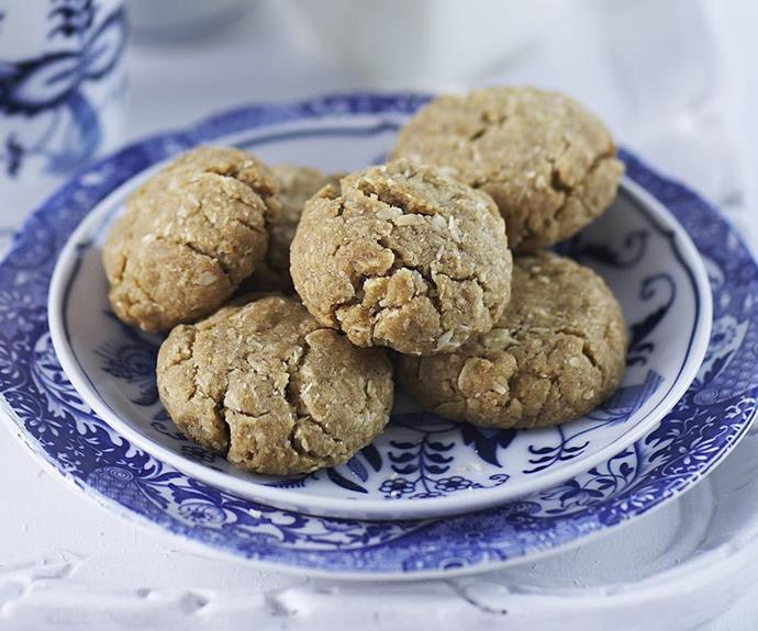 "**Bite-sized Anzac biscuits** <br><br> These little Anzac bites are a cute alternative to the traditional Anzac biscuit recipe. Whip up a batch, wrap them in cellophane and hand out to your friends and loved ones as gifts. <br><br> See the full *Australian Women's Weekly* recipe [here](https://www.womensweeklyfood.com.au/recipes/anzac-bites-16598|target=""_blank"")."