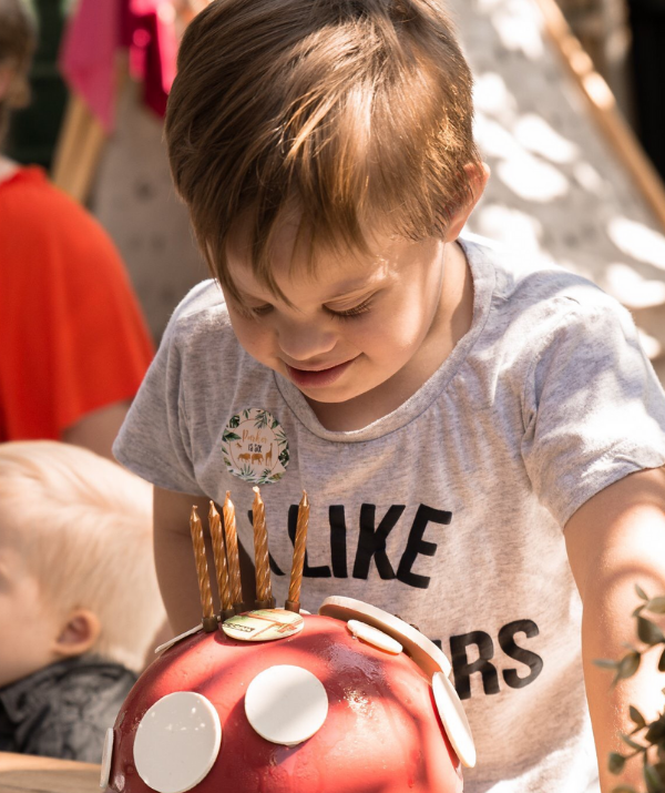 Kat Abianac's son, Parker Myles is about to go ham on those candles! *Image supplied.*