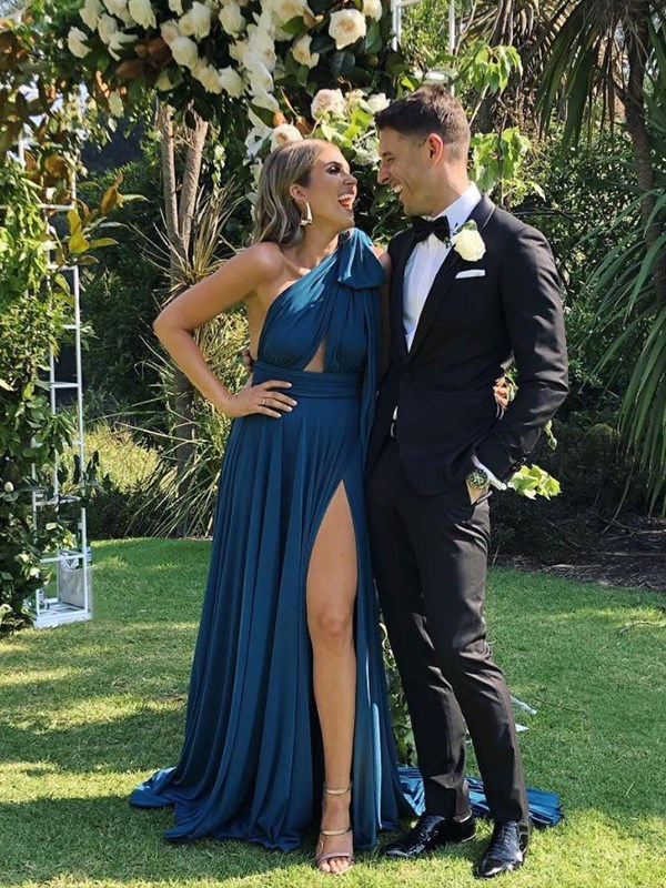 Georgia and Lee looked like a Hollywood power couple at a friend's wedding. We'll just sit here and wait for their own engagement/wedding pictures. *(Image: Instagram @georgiealove)*