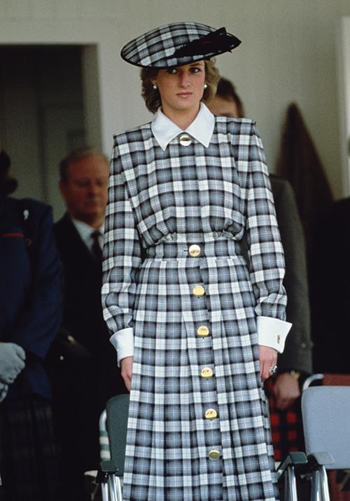 Later that year, the Princess donned a fitting grey tartan ensemble for the 1989 Braemar Games in Scotland.