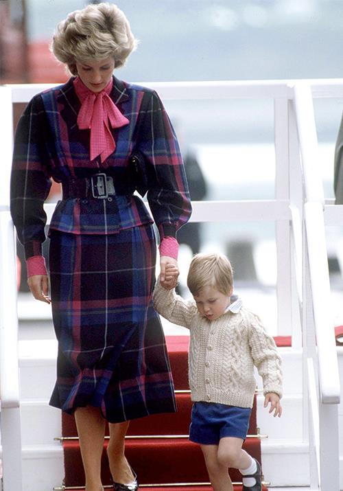 "William approved of his mother's love for tartan from a very young age! In August 1985, Diana and the little Prince were pictured [leaving the royal yacht](https://www.nowtolove.com.au/royals/british-royal-family/sarah-ferguson-princess-diana-tribute-54568|target=""_blank"") Britannia in Aberdeen with the Princess nailing a pink and purple palette."