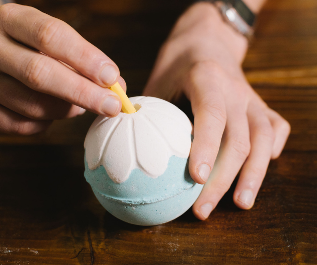 Personalised bath bombs that reveal a sweet handwritten note? How cute is that?! *Image: LUSH.*