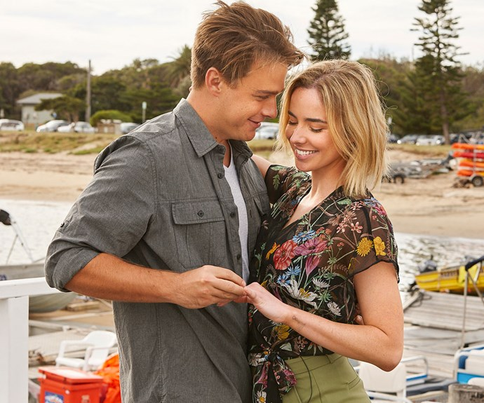 """**Ashleigh Brewer - Home & Away** <br><br> After a stint on *The Bold and the Beautiful* in the United States, Ash returned home to join *Home & Away* in 2018. She plays tough cop Chelsea, [the love interest of Colby](https://www.nowtolove.com.au/celebrity/tv/home-and-away-chelsea-colby-wedding-52949