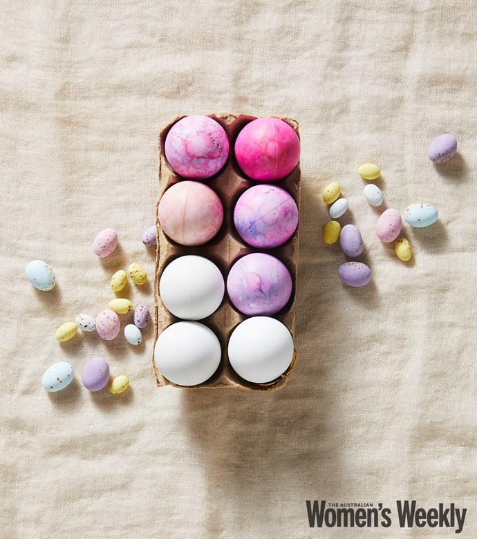 Make your own pretty ombre eggs to brighten up any Easter display.