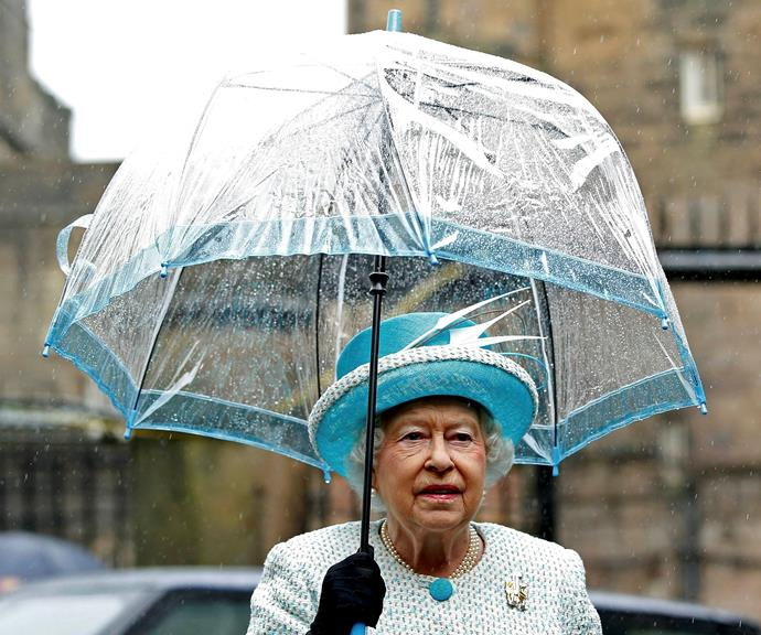 Another winning matching colour combo from the Queen! *(Image: Getty)*