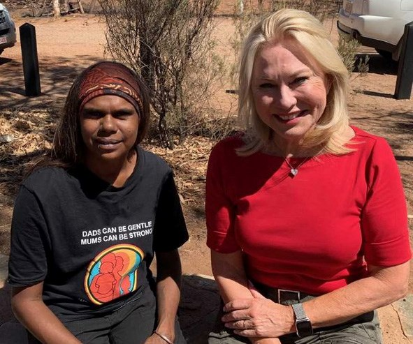 Kerri-Anne and local woman Shirleen Campbell. *(Image: Channel 10)*