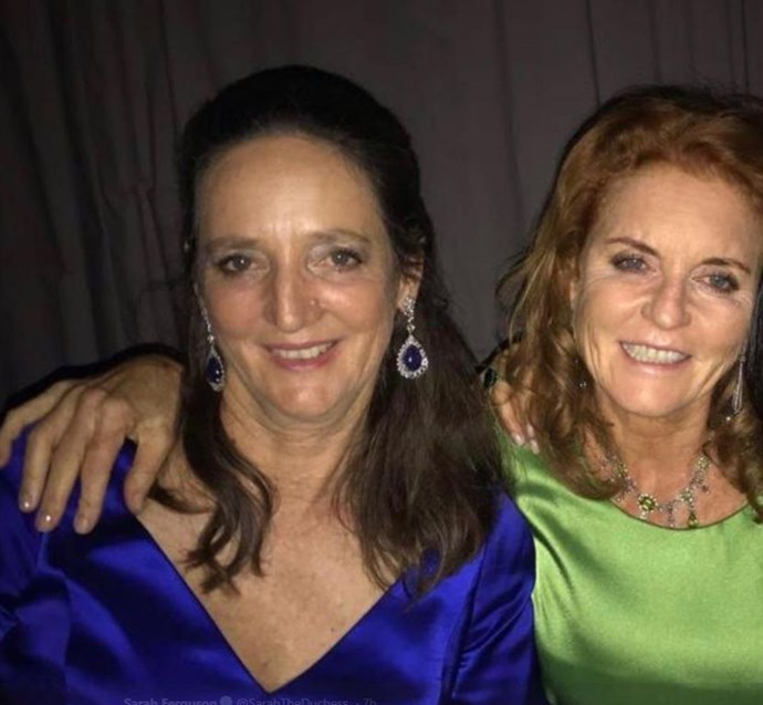 Sarah also shared a never-before-seen picture of her own elder sister Jane. *(Image: Twitter / @sarahtheduchess)*