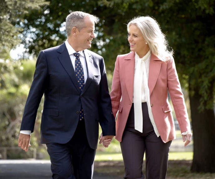 Apparently this is an old Reiss blazer Chloe has had in her wardrobe for years. How great when a classic piece keeps delivering, year after year. *(Image: @billshorten/Twitter)*
