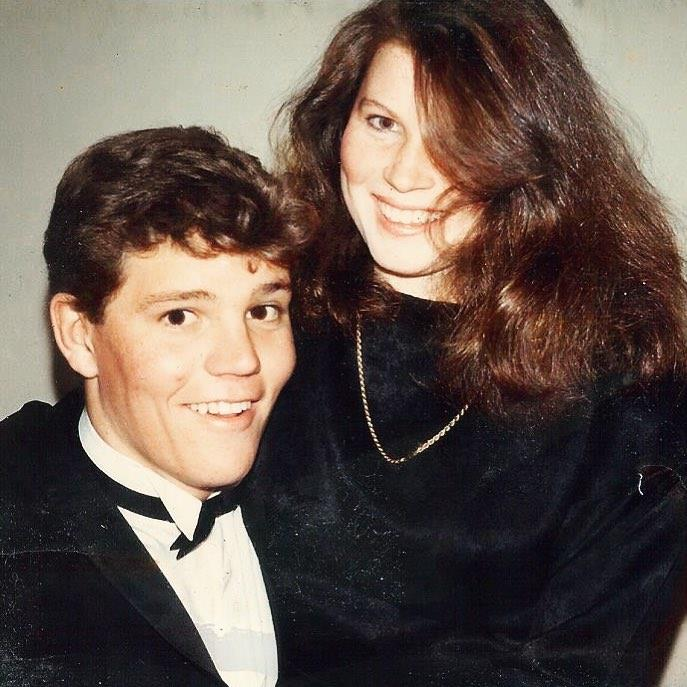 Scott and Jenny pictured in 1985, when they were both in Year 12. *(Image: @scottmorrisonmp/Instagram)*